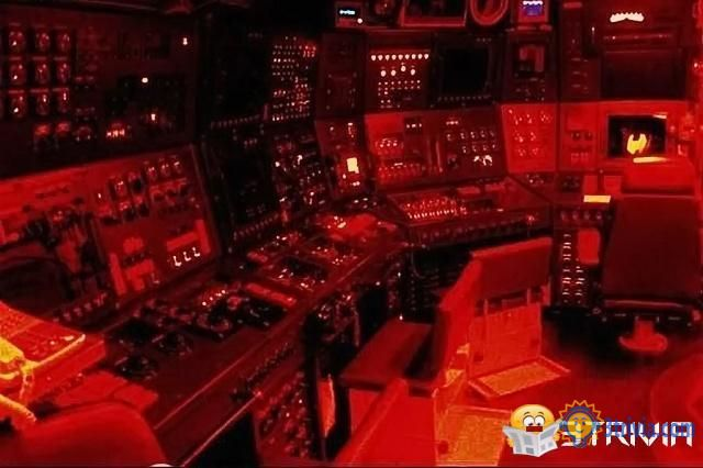 Submarine Trivia:Why do you need red light on the submarine?