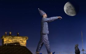 Dream trivia:Why do some people sleepwalking?